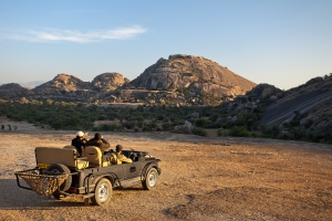 JAWAI Leopard Camp presents new digital guiding with iPads to enrich guests' sighting experience