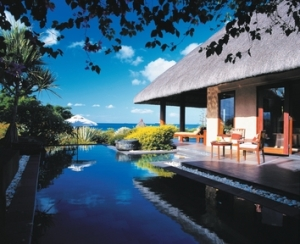 Escape the winter blues with The Oberoi Group's twin-centre offer