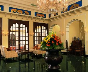 The hall of The Oberoi Vanyavilas